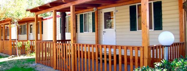 Villaggio Europa esterno Casa Mobile Tipo D